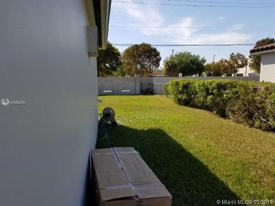 Rental For Rent: 9820 SW 106th Ct