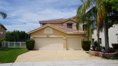 Pembroke Pines, Miramar Single Family Home For Sale: 17788 SW 28th Ct