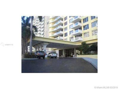 Miami Beach Condo For Sale: 5600 Collins #9B