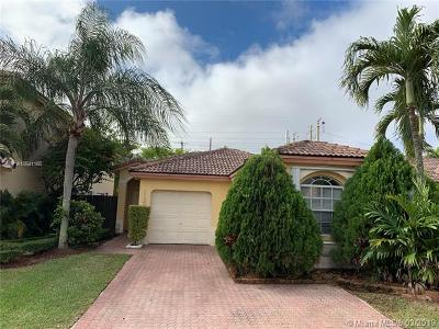 Doral Single Family Home For Sale: 11282 NW 50th Ter