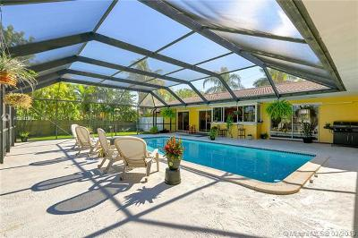 Palmetto Bay Single Family Home For Sale: 17641 SW 87th Ave