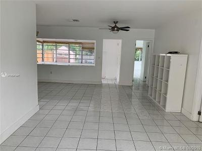 Surfside Single Family Home For Sale: 9149 Emerson Ave