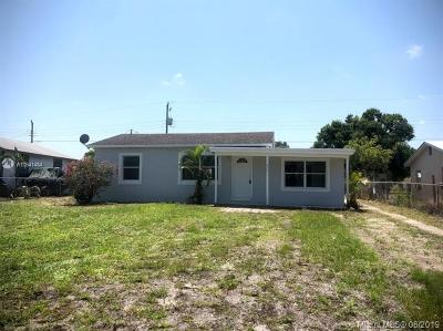 Single Family Home For Sale: 2331 SE Old Dixie Hwy SE