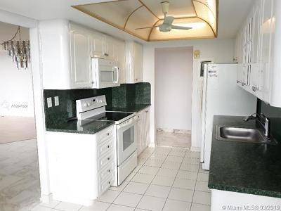 Aventura Condo For Sale: 18051 Biscayne Blvd #1604
