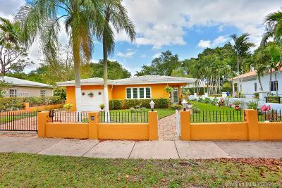 Coral Gables Single Family Home For Sale: 909 Alberca St