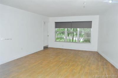Miami Lakes Rental Active With Contract: 7490 Miami Lakes Dr #A204