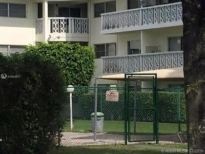 Plantation Condo For Sale: 4200 NW 3rd Ct #330
