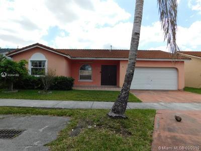 Miami FL Single Family Home For Sale: $325,000