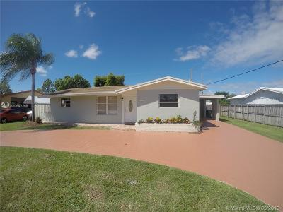 Single Family Home For Sale: 17720 SW 113th Ave