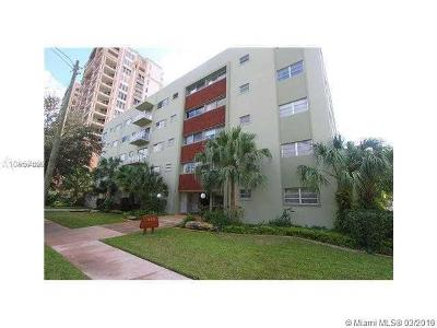 Coral Gables Condo For Sale: 650 Coral Way #507