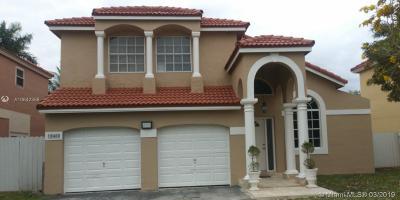 Miami FL Single Family Home For Sale: $450,000