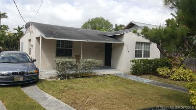 Miami Single Family Home For Sale: 3164 McDonald St