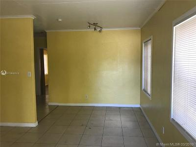 West Palm Beach FL Single Family Home For Sale: $142,000