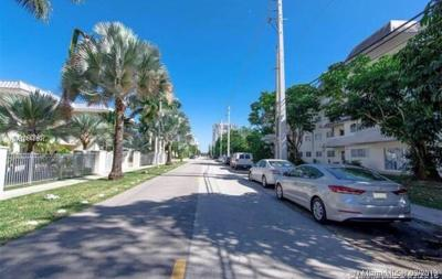 Condo For Sale: 7610 SW 82nd St #J109