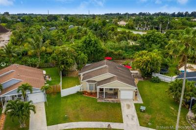 Davie Single Family Home For Sale: 12940 SW 17th Pl