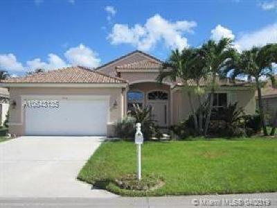 Boynton Beach Single Family Home For Sale: 9336 Cove Point Cir
