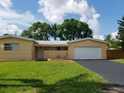 Miramar Single Family Home For Sale: 7530 Plantation Blvd