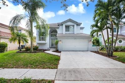Cooper City Single Family Home For Sale: 2781 La Paz Ave