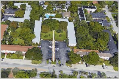 Rental For Rent: 5545 SW 80th St #80D