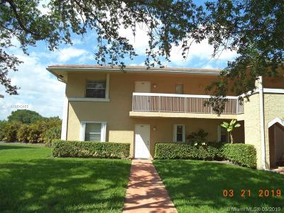 Coral Springs Condo For Sale: 9931 Twin Lakes Dr #26-I