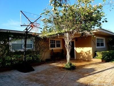 Single Family Home For Sale: 8550 SW 126th Ter