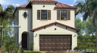 Hialeah Single Family Home For Sale: 3471 W 97th St