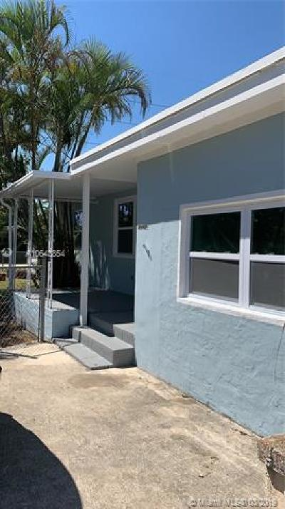North Miami Beach Single Family Home For Sale: 16050 NE 12th Ave