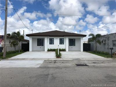 Broward County Multi Family Home For Sale: 4011 SW 19th St