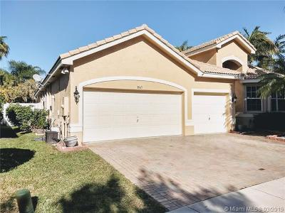 Miramar Single Family Home For Sale: 3547 SW 180th Way