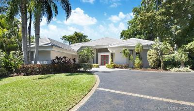 Coral Gables Single Family Home For Sale: 7100 W Lago Dr