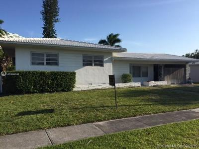 North Miami Single Family Home For Sale: 2006 NE 124th St