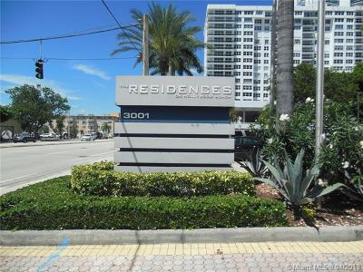 Hollywood Condo For Sale: 3001 S Ocean Dr #633