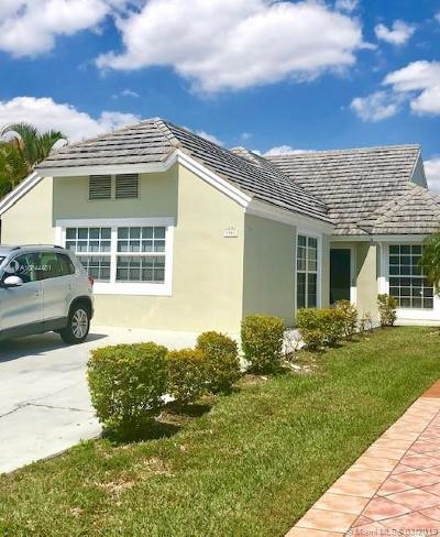 Doral Single Family Home For Sale: 9905 NW 47 Te