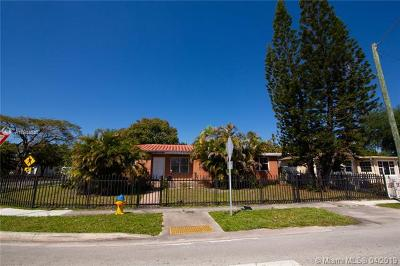 North Miami Single Family Home For Sale: 17000 NE 6th Ct