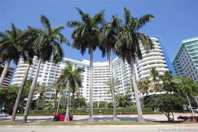 Miami Beach Condo For Sale: 5161 Collins Ave #711