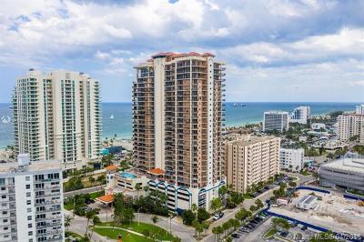 Fort Lauderdale Condo For Sale: 100 S Birch Rd #702E