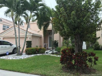 Miramar Single Family Home For Sale: 15614 SW 53rd Ct