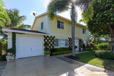 Lake Worth Single Family Home For Sale: 4388 Wilkinson Dr