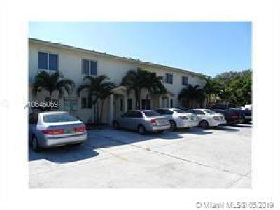 Hallandale Multi Family Home For Sale: 925 SW 8th St