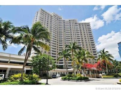 Miami Condo For Sale: 701 Brickell Key Blvd #906