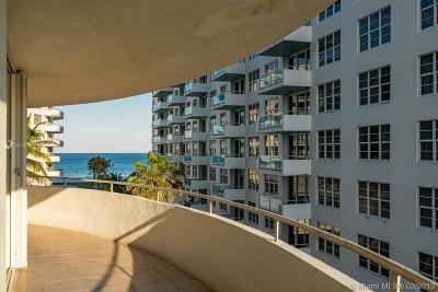 Miami Beach Condo For Sale: 5151 Collins Ave #524