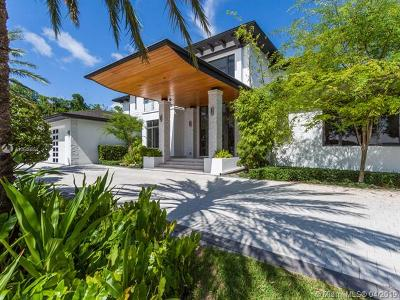 Hollywood Single Family Home For Sale: 1215 Diplomat Pkwy