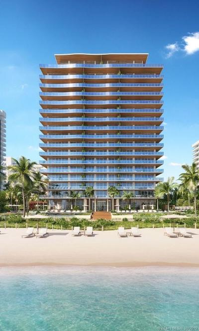Miami-Dade County Condo For Sale: 5775 Collins Ave #PH03