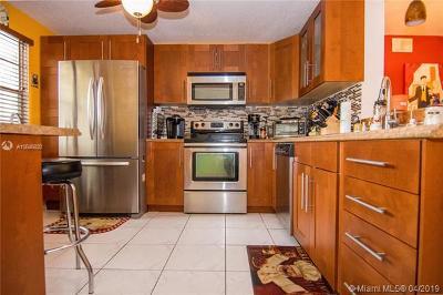 Coconut Creek Condo For Sale: 2301 Lucaya Ln #M2