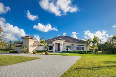 Davie Single Family Home For Sale: 14640 Jockey Cir S