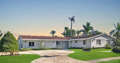 Single Family Home For Sale: 9021 N Kendall Dr