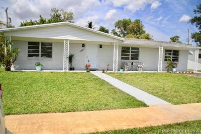 Sunrise Single Family Home For Sale: 5881 NW 14th Ct