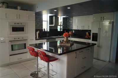 North Miami Beach Condo For Sale: 16590 NE 26 #301