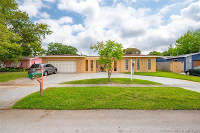 Pembroke Pines Single Family Home For Sale: 531 NW 93rd Ter