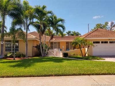 Fort Lauderdale Single Family Home For Sale: 2142 NE 56th Pl